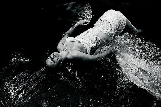 Julia Nikonova, photography, dark, black and white