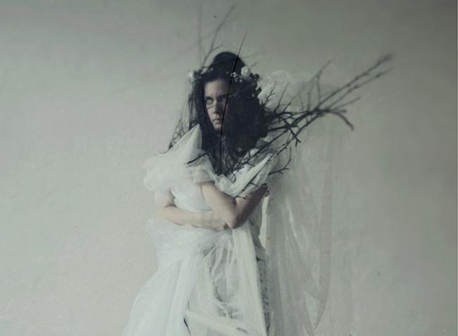 Michaela Knizova, photography, dark, obscure, ethereal,  black and white, analog, digital