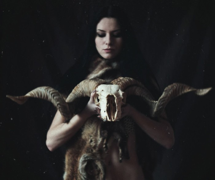 Laura Petresc, photography, dark, obscure, occult, witch