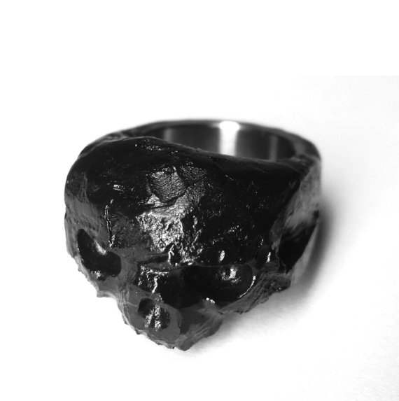 Litanies of skin, jewelry, dark, obscure, avantgarde, handmade, skull, ring,
