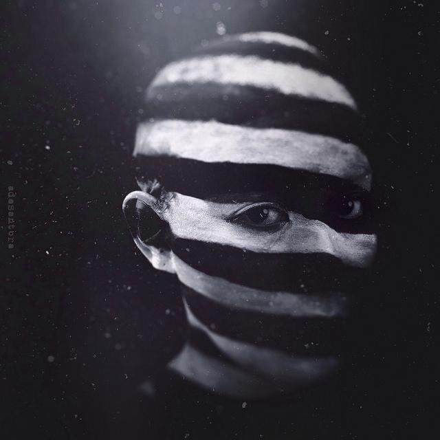 Ade Santora, photography, iPhone, dark, obscure, photom anipulation