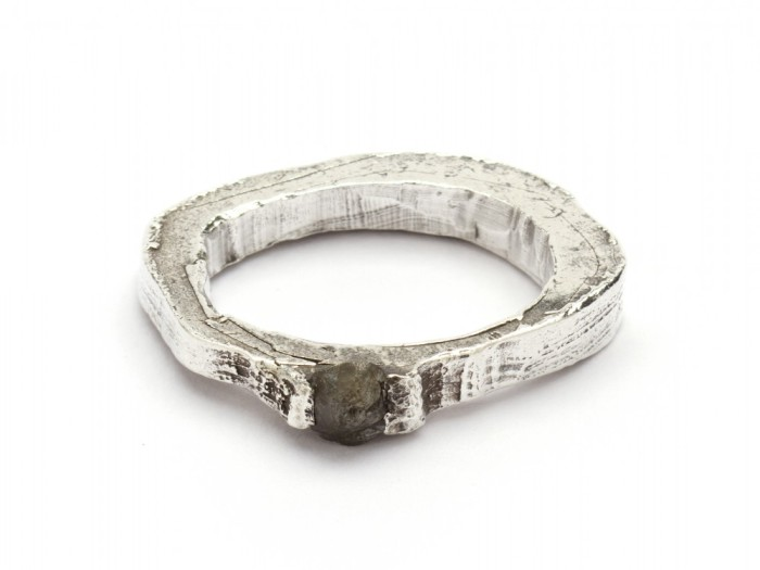 Alice Waese, jewellery, dark, obscure, avantgarde, ring, silver