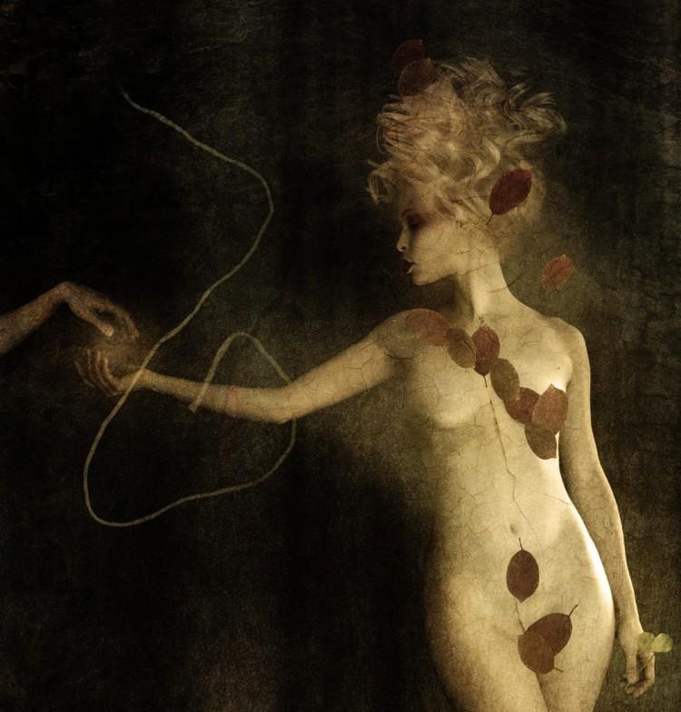 Janine Machiedo, photography, dark, obscure, conceptual photography, fine art photography