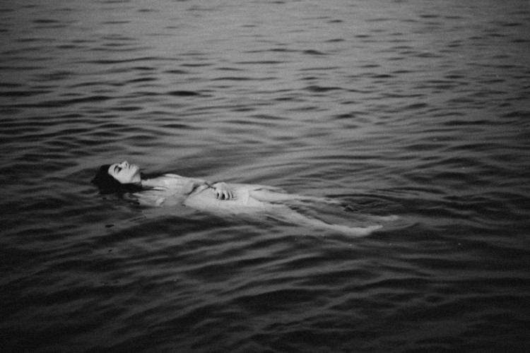 Virginia Rota, photography, black and white, dark, obscure