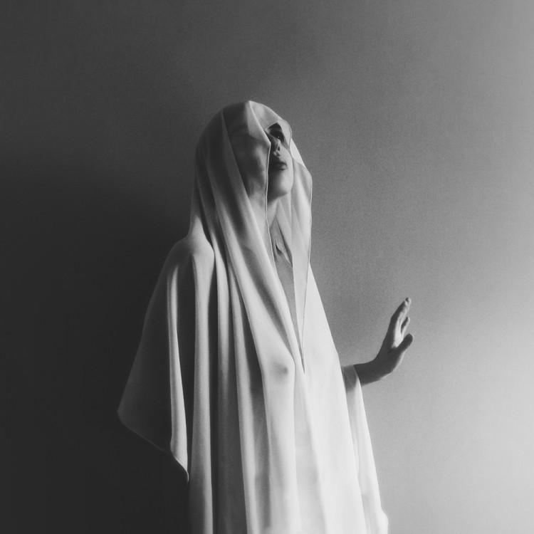 Marta Szelewa, photography, dark, obscure, black and white