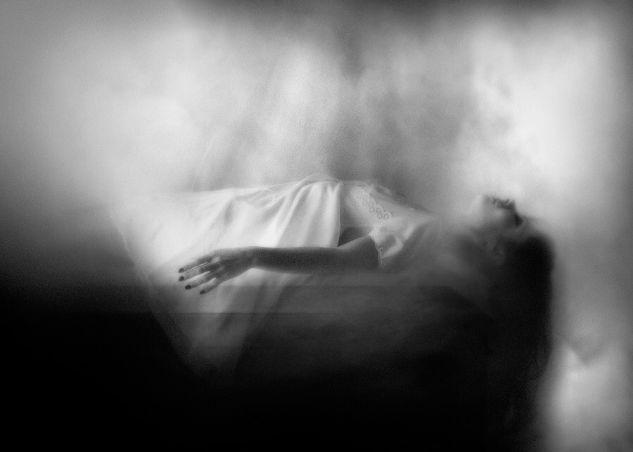 Rosita Delfino, photography, dark, obscure, ethereal, black and white