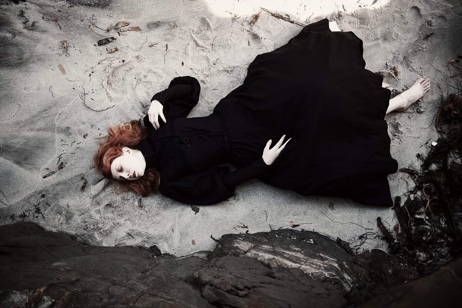 Nicola Wilson, photography, dark, obscure, conceptual photography