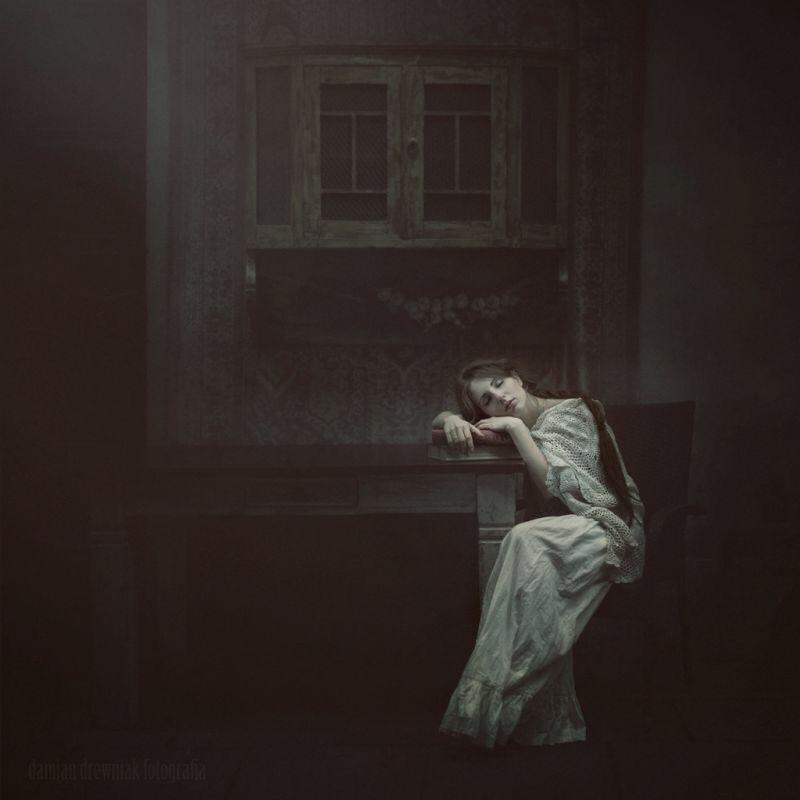 Damien Drewniak, photography, dark, obscure, ethereal, surreal, eerie