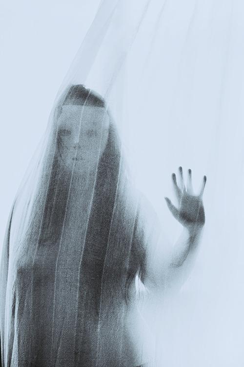 Joanna Invi, photography, dark, obscure, surreal, conceptual