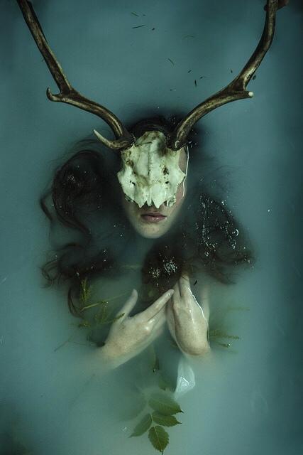 Frieda Rike, photography, dark, obscure, conceptual photography, color photography