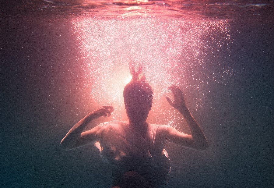 Ibai Acevedo, photography, dark, obscure, underwater, surreal