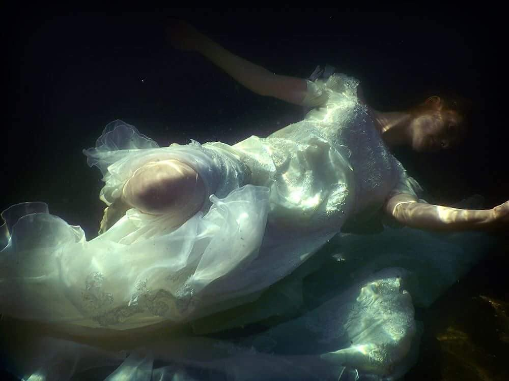 Högabo Photography, dark, art, photography, ethereal, conceptual photography, underwater